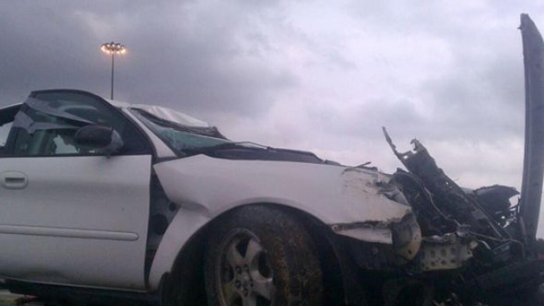 Así quedó un auto en un choque contra un tren de Capital Metro que resul...