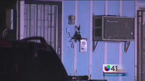 Un hombre en San Antonio es asaltado por hombres enmascarados