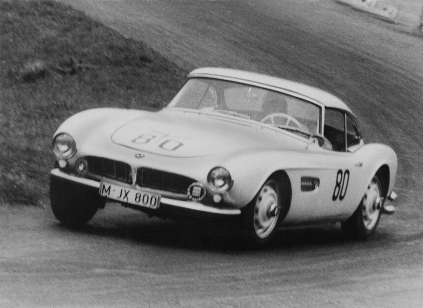 La restauración del BMW 507 1957 de Elvis P90229716_highRes_elvis-bmw-50...