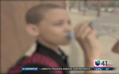 Padres de cuatro niños demandan a Nueva Jersey por envenenarlos con plom...