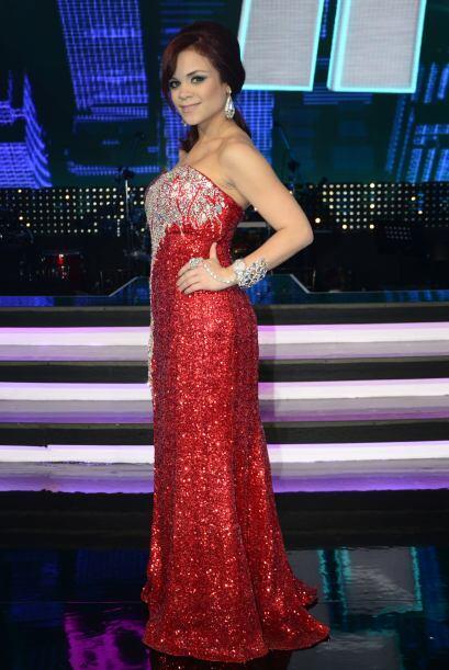 Ana Cristina después del show, presumiendo su look.
