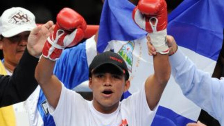 Román González va por una victoria contra otro mexicano.