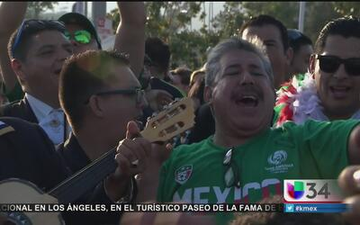 Triunfo de México desborda la pasión futbolera