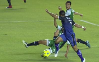 Sanvezzo madruga a los Alebrijes y Querétaro ya gana 1-0