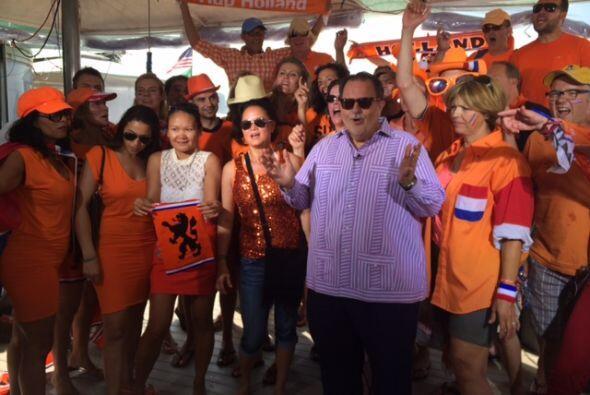 Y hubo bastantes aficionados acompañando a Raúl de Molina.