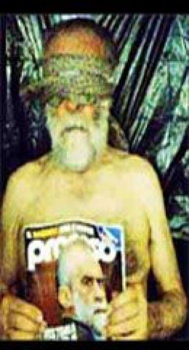 El comunicado, que adjuntaba una foto del raptado con los ojos vendados...