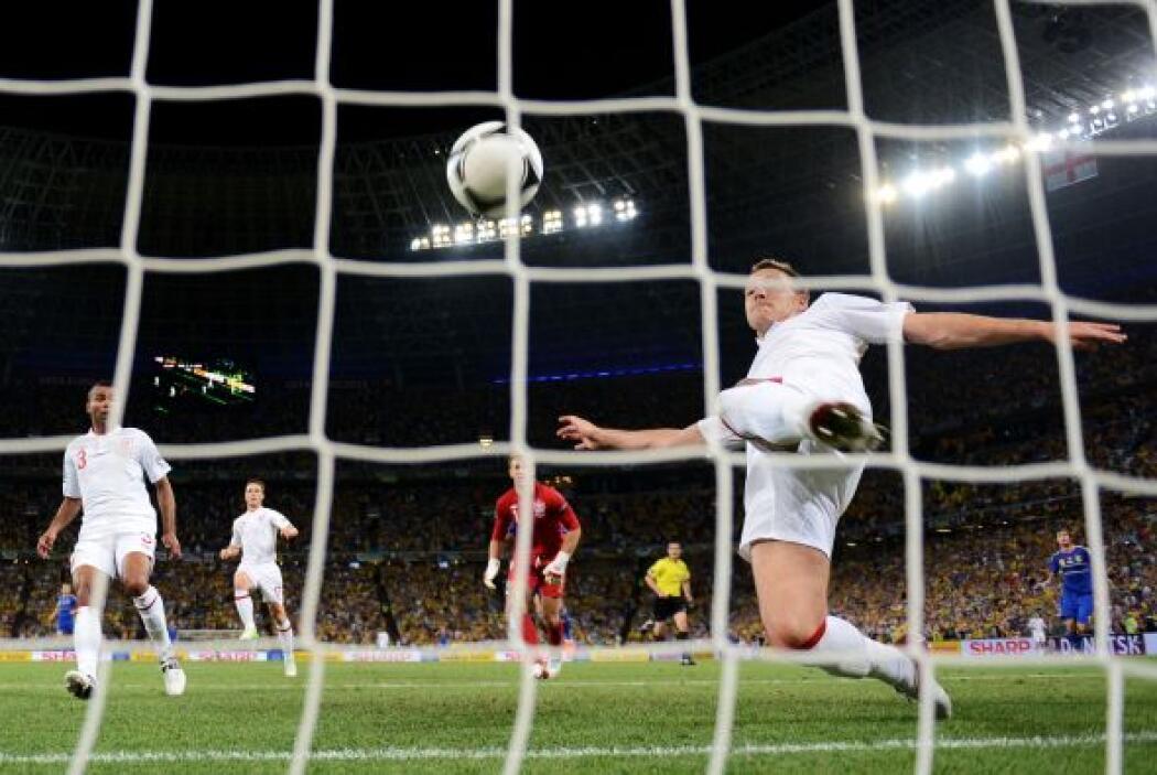 Por último en la Eurocopa del 2012, otra vez Inglaterra aparece en escena.