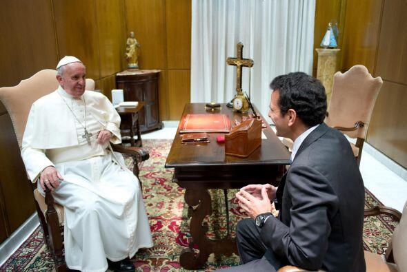 """Capriles señaló que el papa escuchó su propuesta y abogó por el """"diálogo..."""