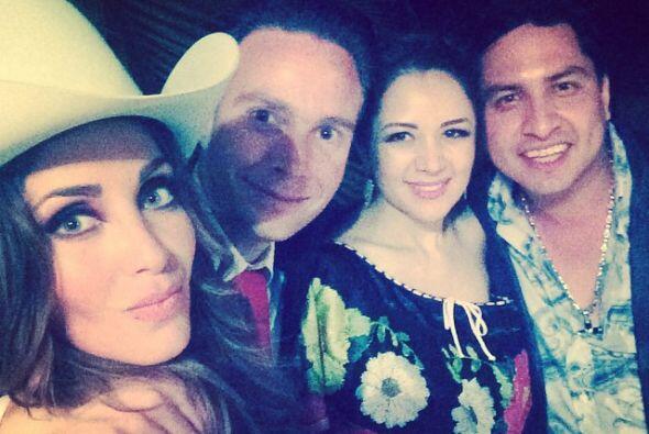 Manuel también se ha expresado orgulloso y afortunado de tener a Anahí a...