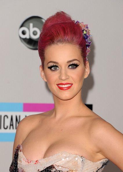 Entre los colores con los que ha teñido su cabello se encuentra el rosad...