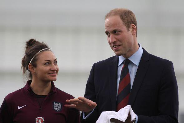 La reunión tuvo lugar en el Centro Nacional de Fútbol en Staffordshire.