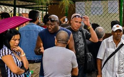 ¿Están los hispanos de acuerdo con el fin del embargo a Cuba?