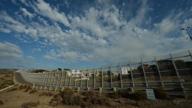 México comparte con Estados Unidos una frontera de más de...