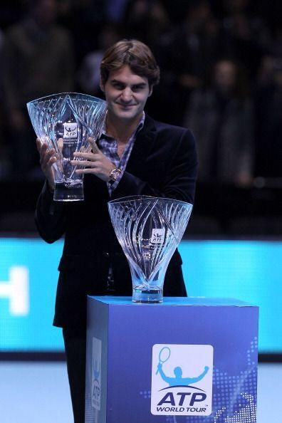 El suizo Roger Federer obtuvo por séptimo año la distinción Stefan Edber...