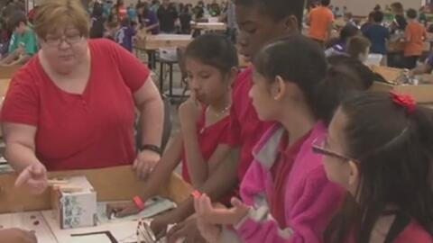 Realizan el 'All-Earth Ecobot Challege', un evento para jóvenes entusias...