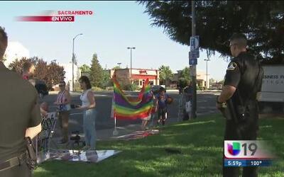 Manifestación contra pastor señalado por homofobia
