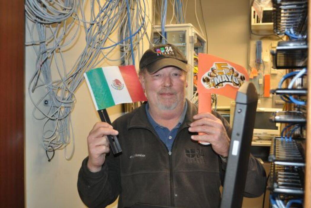 Los ingenieros de Univision Atlanta también disfrutan del Cinco de Mayo...