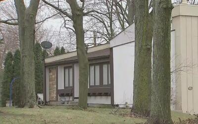 Hombre enmascarado ingresó a una residencia e hirió con cuchillo a niña...