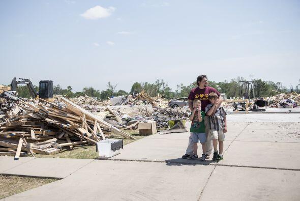"""""""Algunas familias y negocios acababan de terminar de reconstruir y..."""