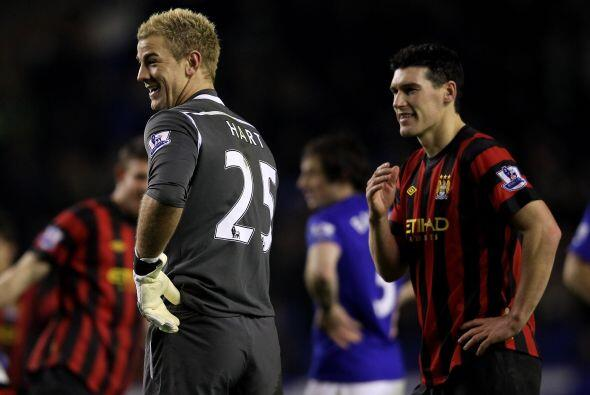 Pero antes que goles, hubo algunas situaciones curiosas en el partido. &...