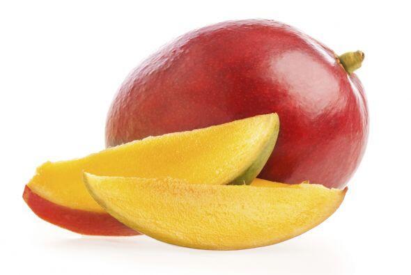 Mango. Es dulce, sabroso y jugoso si lo comemos en su punto justo, es de...