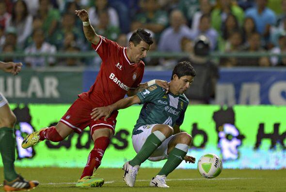 Edgar Benítez (6): Parece que es un jugador para ingresar de camb...
