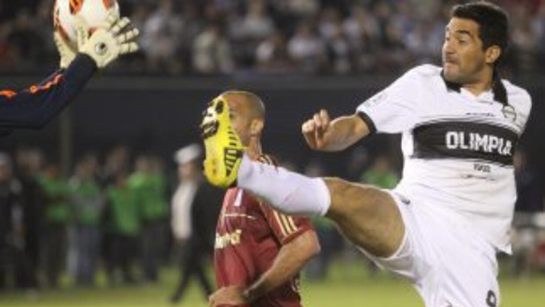 Olimpia de Paraguay quiere repetir por cuarta vez el sueño de título en...