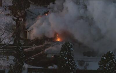 Escape de gas produjo explosión de residencia en Homer Glen, según Ofici...