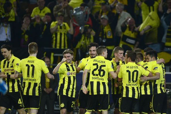 El Dortmund despertaba a toda su afición con este segundo gol.