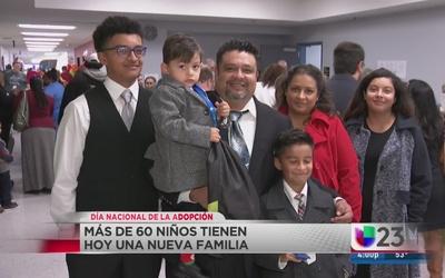 Niños encuentran una nueva familia