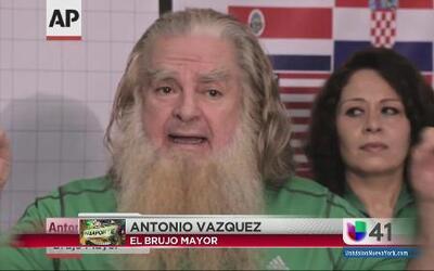 Burjo hace ritual para que México triunfe en Brasil