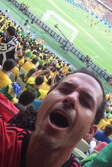 Carlos Calderón llegó corriendo al estadio. Todo sobre el Mundial de Bra...