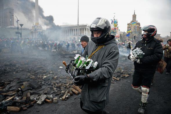 Rusia anunció un rescate financiero por $15 mil millones para Ucrania, c...