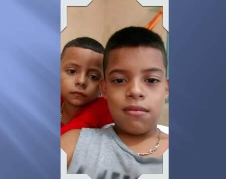Los hermanos Brandon (i) y Jorge Luis.