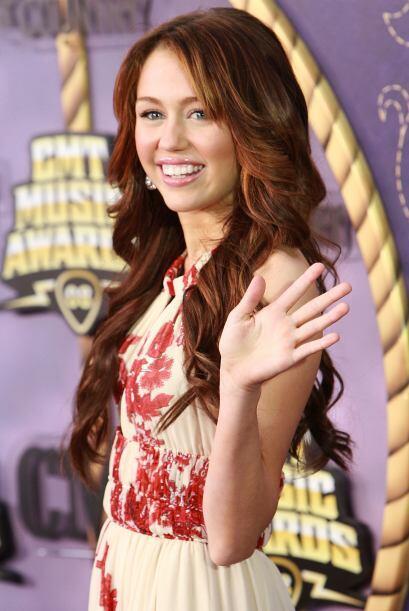 En el 2006 Miley tuvo la oportunidad de abrir en 20 ocasiones el concier...