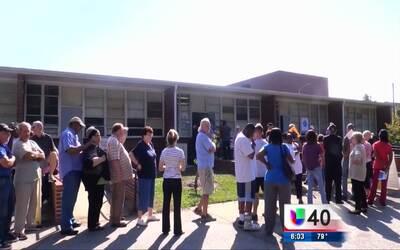 Se registran largas filas de espera durante el periodo de votación temprana