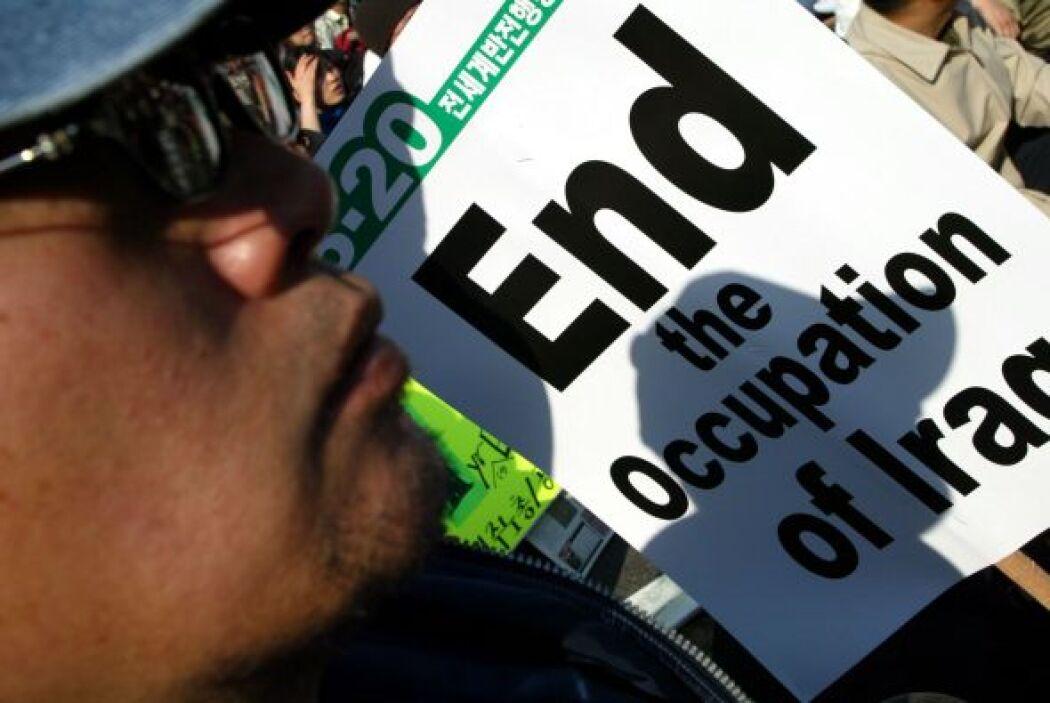 Mientras la bombas tronaban en Irak, en el mundo crecía la resistencia a...