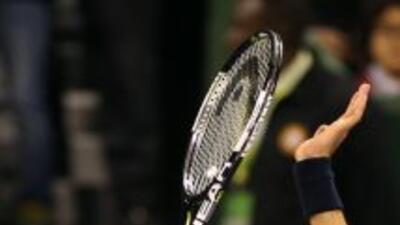 Djokovic se impuso sin problemas al ucraniano Sergiy Stakhovsky, por 6-2...