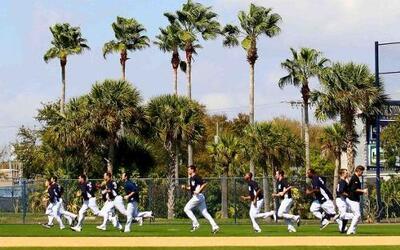 Los entrenamientos primaverales 2011 están en marcha y los Yankees siemp...