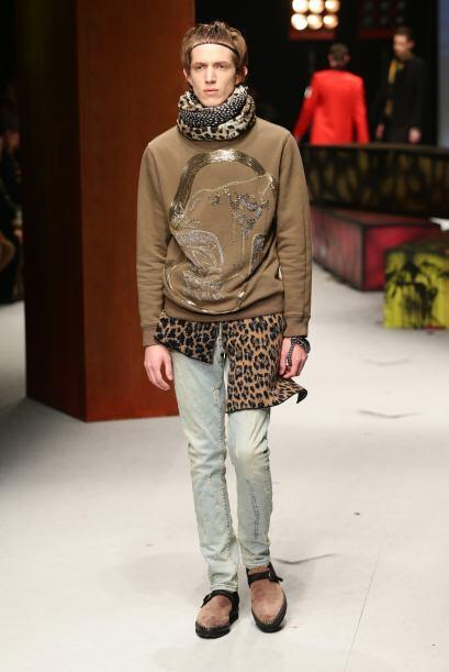 Una de las tendencias que se ha visto en la moda para caballeros es el '...