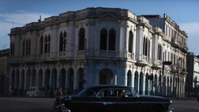 Unas 13 mil casas y 15 mil automóviles fueron vendidos o donados en Cuba...