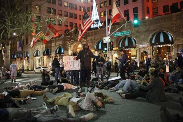 23 DE OCTUBRE: Amnistía Internacional sostiene que la represión de las p...
