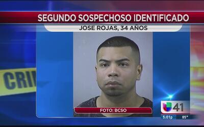 Identifican al segundo sospechoso vinculado al tiroteo en el centro come...