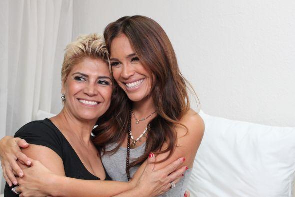 Karla adora a su mamá y este domingo tendrán que celebrarse mutuamente.