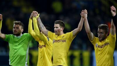 El club de Borussia clasificó en primer lugar del grupo D por encima del...