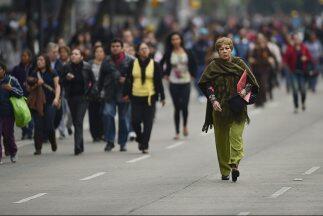 El 60 por ciento de quienes integran la fuerza laboral en México se encu...