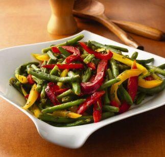 Ejotes con pimientos de colores. El ejote sin duda es un ingrediente riq...