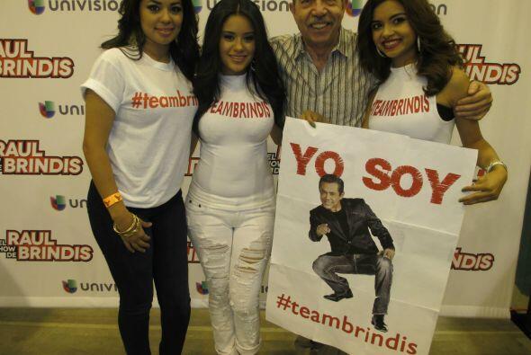 """Gracias a todos los que ya votaron por Raul Brindis como mi """"DJ Favorito..."""