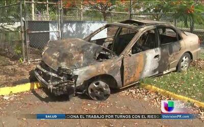Once implicados en accidente de tres vehículos; dos de ellos se incendiaron