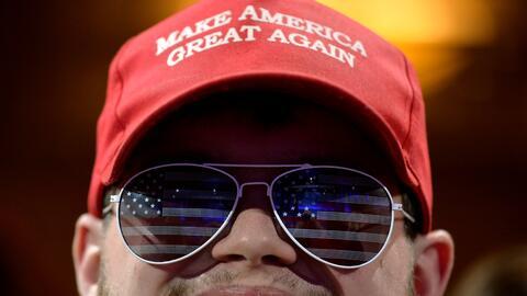 """En el CPAC de 2011 Trump sugirió """"hacer EEUU grandioso de nuevo&quo..."""